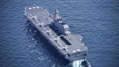 """日本防卫相称美军机可在""""出云""""号加油"""