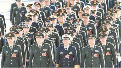 两会军队代表委员履职尽责建言献策影像