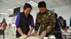 武警北京市总队执勤第二支队:兵妈妈进军营