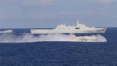 西沙海域 舰艇协同跨昼夜综合演练