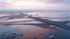 美内布拉斯加州遭遇严重洪灾 该州空军基地被淹