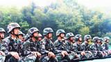 枪声四起,硝烟弥漫。近日,战略支援部队某部紧贴实战化军事训练要求,根据本部职能使命和勤务保障任务的特点,以全要素、全过程、全员额为标准,组织开展了首长机关和警卫分队轻武器实弹射击考核,全面检验部队的实弹化训练水平。射击场就是战场,随着指挥员一声令下,参考人员干净利落地装弹、上膛、据枪、瞄准、射击……据了解,此次考核前该部大胆创新,探索出了一套紧贴实战要求和适合本单位实际情况的新式射击流程,并针对性地开展了强化训练。此次考核中,他们全程不热身、不彩排,利用电子报靶系统全程采集考核成绩,精准记录研判每一发子弹的着弹点,坚决杜绝走形式、拔成绩等现象,在真打实考中全面检验官兵们的真实训练水平。图为参考官兵静待考核。