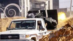 """关注利比亚局势 冲突双方激战 """"国民军""""200人被俘"""