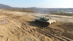 环环相扣 实弹考核提高坦克新兵心理素质