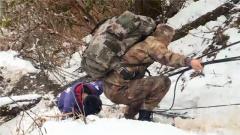 11歲男孩勇登高原雪山 只為將軍裝送到父親生前戰友手中