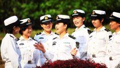 论兵·人民海军70周年:舰艇是男人的世界?女海军表示不服气