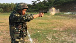 练兵先练官 武警北海支队组织机关干部实弹射击考核