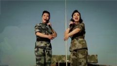 女兵演唱《打靶归来》 唱得慷慨激昂