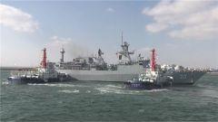參加多國海軍活動的外國軍艦駛離青島