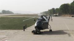 【记者在战位】记者探访陆航飞行试验训练