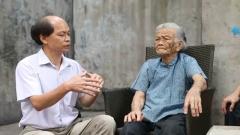 94岁老奶奶讲述爷爷的抗战故事 令人肃然起敬