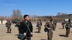 想入场凭实力 来看防化兵1分钟内速穿防护服