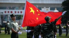 解放軍駐澳門部隊舉行澳門中學生國旗手訓練營活動