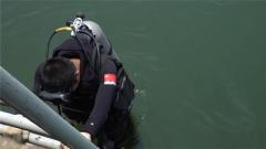 危险 记者首次体验下潜 这个动作让他差点呛水