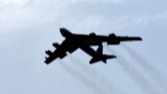 """【美国""""极限施压""""伊朗】美在中东新部署B-52完成首次训练"""