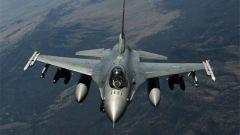 美一架F-16战斗机训练时坠毁