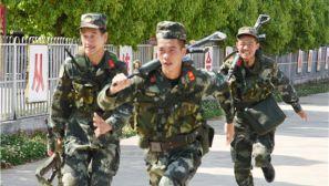 武警保山支隊勤訓輪換點燃夏日練兵場