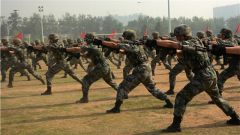 更快更高更強!超燃軍事體育運動會火熱來襲