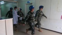 我赴马里维和医疗分队紧急救治外籍伤员