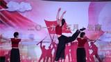 女子群舞《沂蒙颂》。
