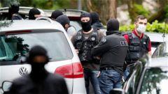 里昂恐袭嫌疑人受多项指控 包括恐怖主义谋杀未遂