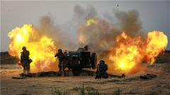 【第一军视】多型火炮昼夜实弹射击 硝烟弥漫训练阵地