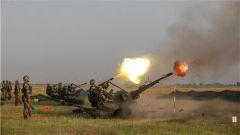 開火!實彈射擊訓練  多型火炮怒吼震天
