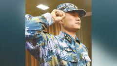 """海军遂宁舰舰长杨彦斌:在最好的年华遇见""""你"""""""