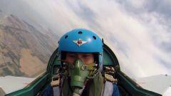 海军航空大学开设战斗机动课目 提升学员实战技能