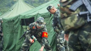 守护安康 战备不分节日:武警某部应急拉动演练随机展开