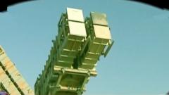 强硬底气所在 伊朗连续高调展示新型导弹