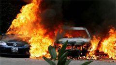 肯尼亚边境地带路边炸弹袭击警车