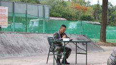 陆军第75集团军某合成旅:学习标兵事迹 激发强军动力