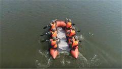 武警特战队员复杂环境水陆反恐训练