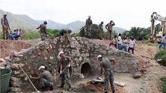 刚果(金):我维和工兵修复任务区重要通道