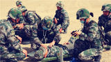 野戰醫療分隊開展自救互救科目演練。