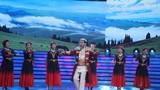 圖為78歲的歌唱家克里木,動情演繹軍歌《庫爾班大叔您上哪》。
