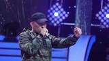 圖為軍歌傳唱者張衛帶來他的軍營原創說唱《戰斗宣言》