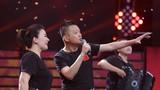 圖為青年歌手田毅和柏文等用歌聲演繹《打靶歸來》。