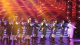 圖為軍歌傳唱者,新中國歷屆閱兵中的受閱女兵的代表,現場合唱受閱女兵之歌《軍中姐妹》。