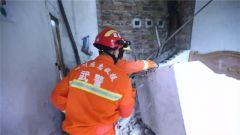 【四川長寧發生6.0級地震】解放軍和武警部隊第一時間展開救援