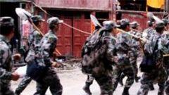 四川1800余名民兵迅速在长宁地震灾区抗震救灾