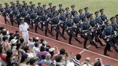 解放军驻香港部队军营开放日将派3万张门票