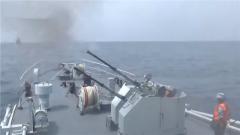 海军某扫雷舰大队组织舰艇编队开展跨昼夜训练