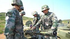 《军事报道》20190625专攻精练 让新装备成为战斗力增长点
