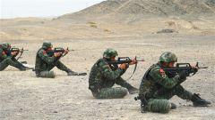 大漠戈壁传来枪声,看特战队员如何提升战斗技能