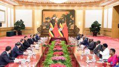 習近平同烏干達總統穆塞韋尼舉行會談