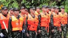 廣西梧州:武警官兵晝夜奮戰48小時援建災后六堡鎮