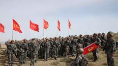 """解放軍和武警各部隊舉行多種活動紀念""""七一""""建黨節"""