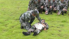 江西于都:民兵分队开展应急救援演练